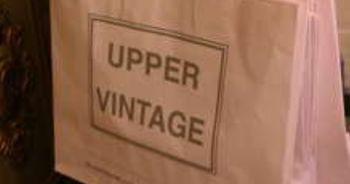 Logo Upper Vintage abbigliamento, borse e scarpe di seconda mano a Bologna
