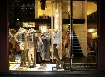 Valenti Donna abbigliamento e calzature a Pisa