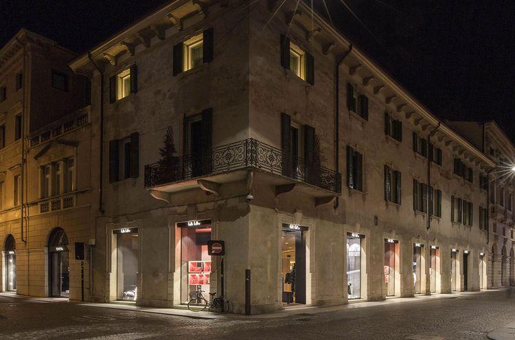 Folli Follie Via Adua Verona